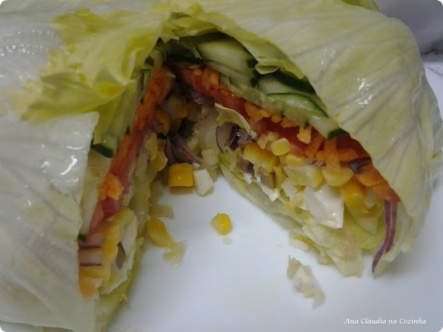 salada de alface recheada