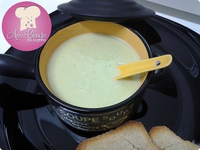 sopa creme de ervilhas frescas