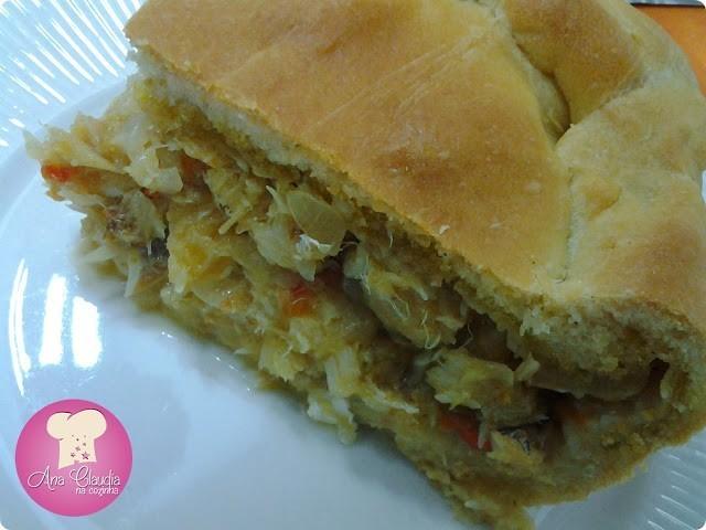 empanada espanhola de bacalhau