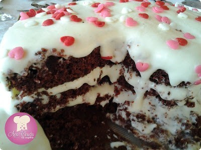 bolo vermelho com cream cheese