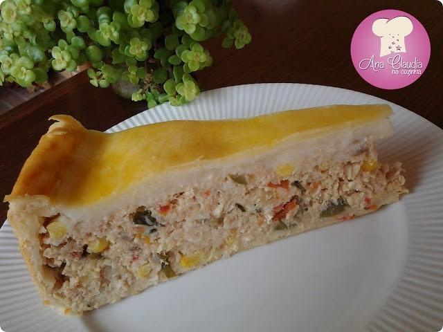 Torta salgada de chester ou frango com requeijão