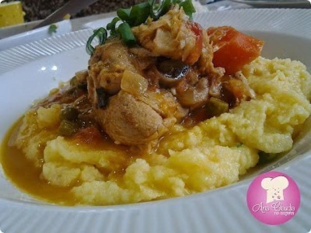 pedaços de frango com molho de laranja, dom manjericão