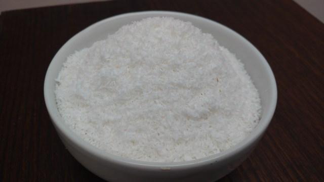 leite de coco e coco ralado caseiro