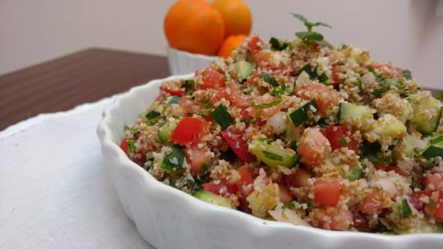 receitas fáceis e práticas - tabule, salada de trigo para quibe