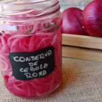 Cebola roxa em conserva