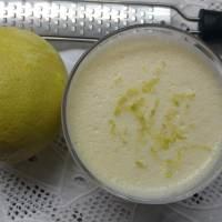 Mousse de maria mole com limão siciliano