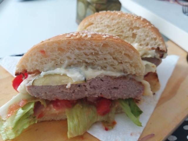 Hambúrguer de costelinha