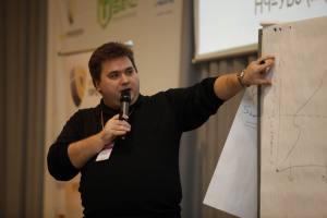 Выступаю на Инфоконференции 2011. День 1-ый Интернет-бизнес.