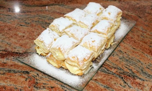 Три бързи десерта с бутер тесто