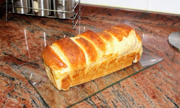 Пухкав мазен хляб, много лесен за приготвяне