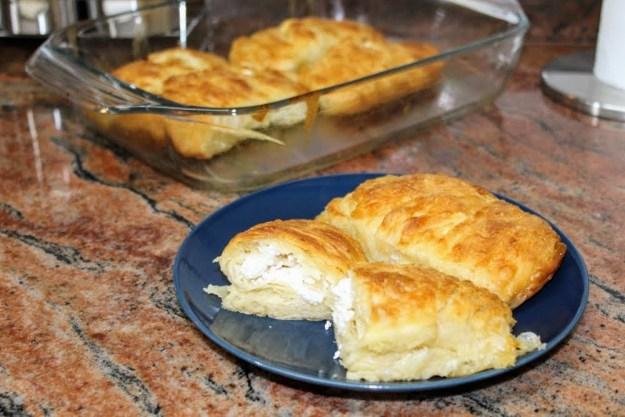 Сочни банички с бакпулвер/Топла и вкусна закуска за малки и големи
