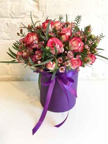 шляпная коробка из кустовой розы