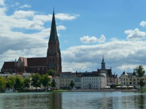 Schwerin, Pfaffenteich e duomo (1)