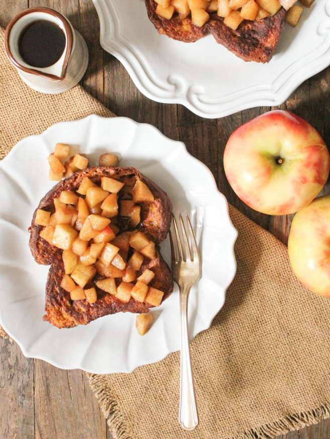 Pumpkin-French-Toast-with-Sauteed-Apples-3