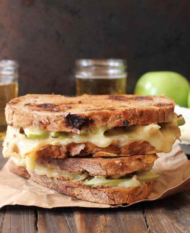 Roast-Chicken-Apple-and-Brie-grilled-cheese