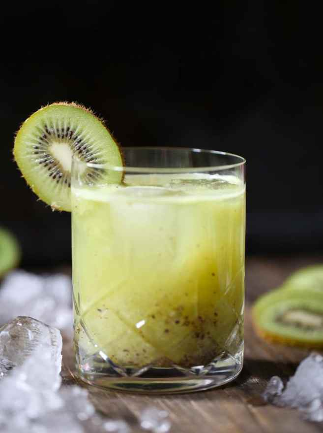 kiwi-kiss-rum-cocktail-4