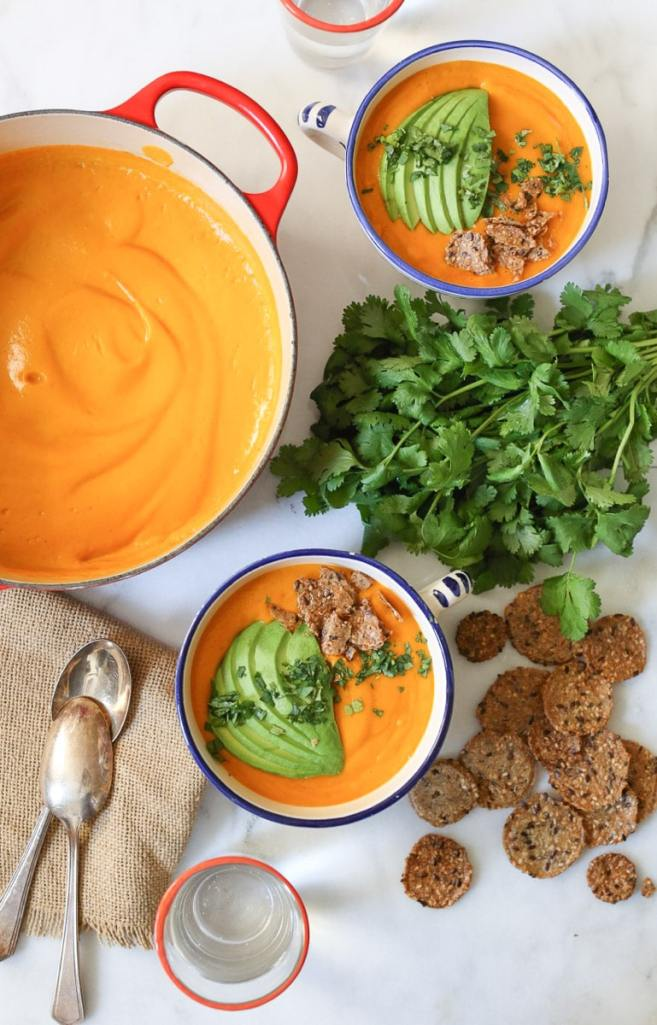 vegan-bell-pepper-soup-with-sweet-potato