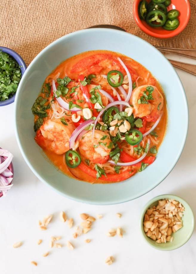 thai-red-curry-with-shrimp-and-rice-noodles-14