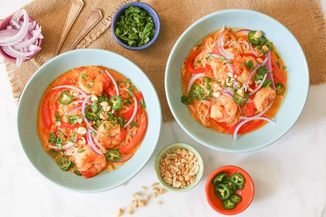 thai-red-curry-with-shrimp-and-rice-noodles-15