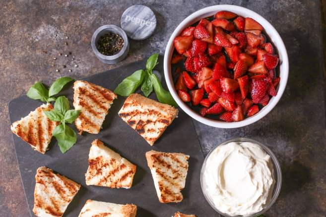 Grilled-Angel-Food-Cake-Whipped-Mascarpone-Balsamic-Strawberries-7