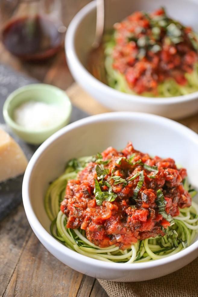 zucchini-noodles-with-vegan-portobello-bolognese
