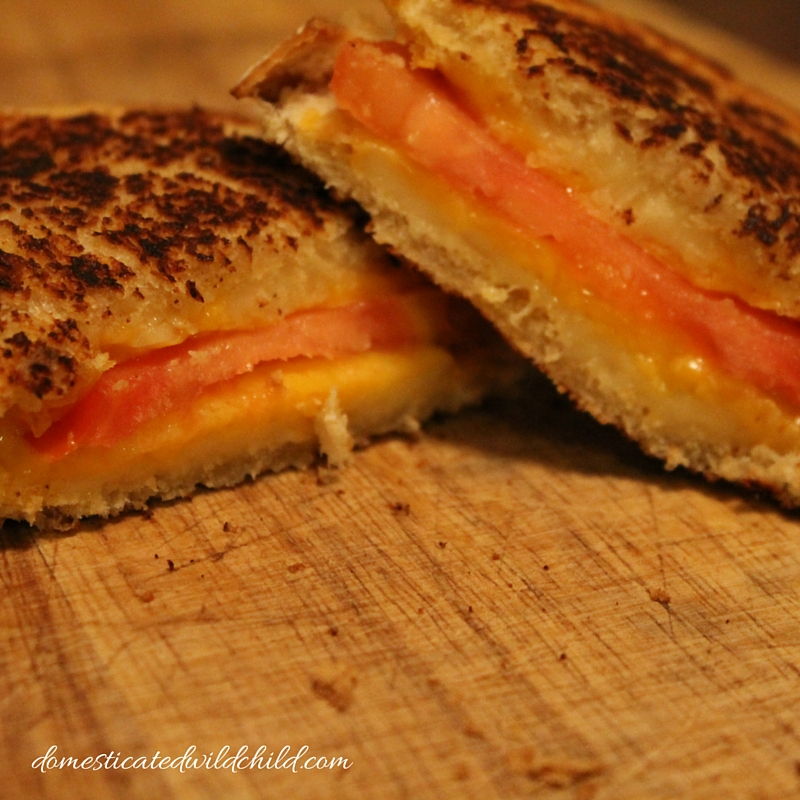 gruyere cheddar tomato grilled cheese