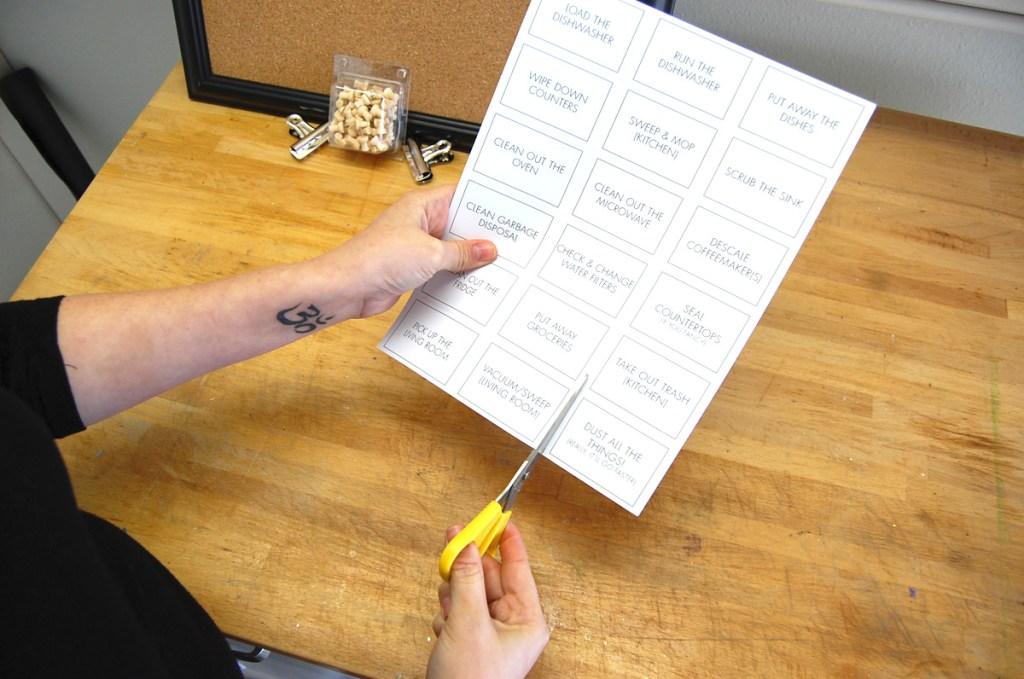 T09 - Cut the printable chore tags