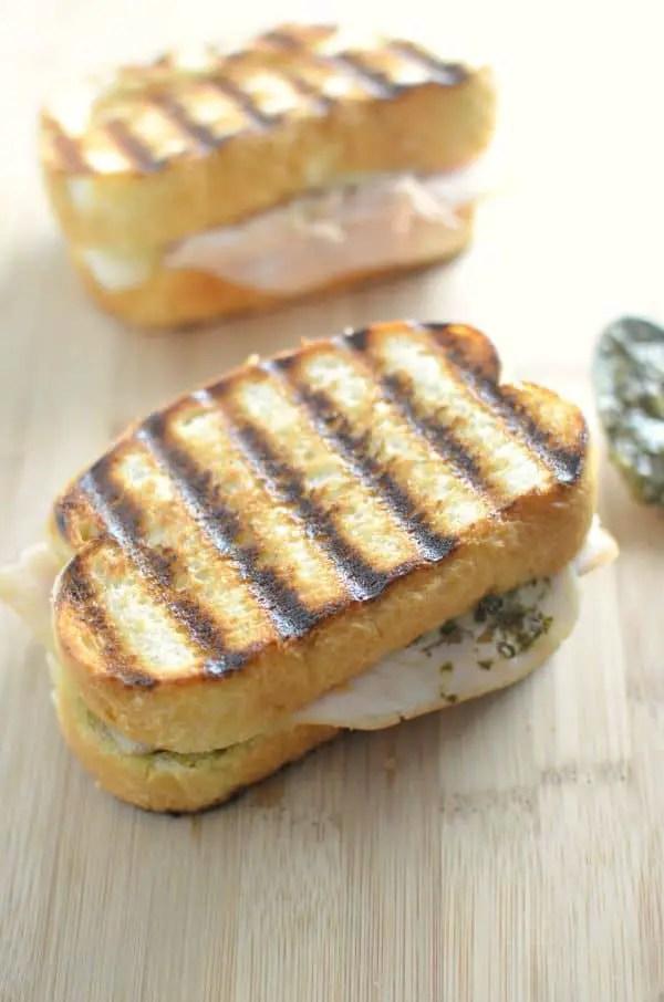turkey pesto sandwich melt