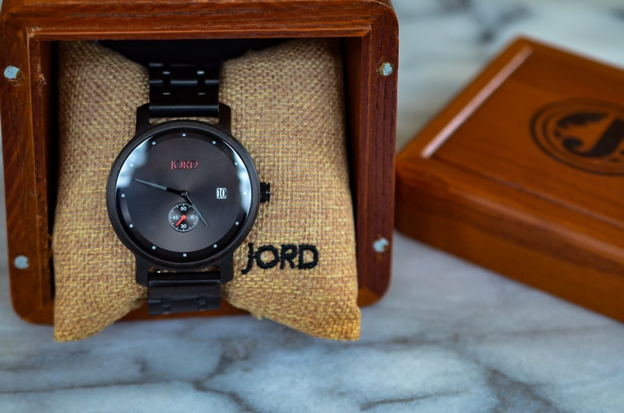 Wood Watches-Spice up your man's wardrobe with a premium, classic and stylish wooden watch from JORD!