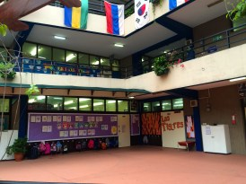 Cian's classroom on the left and Aine's on the right. Y uno de dragon wouldn't fit after los tigres.