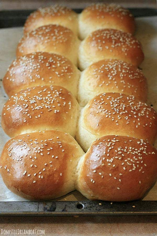 homemade hamburger buns how to make your own soft fluffy buns. Black Bedroom Furniture Sets. Home Design Ideas