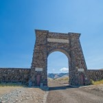 Buffalo Burgers and the Roosevelt Arch in Gardiner, Montana