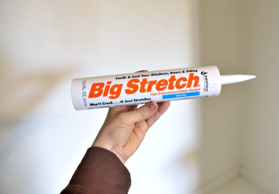 Sealing Baseboard Cracks with The Big Stretch by Sashco