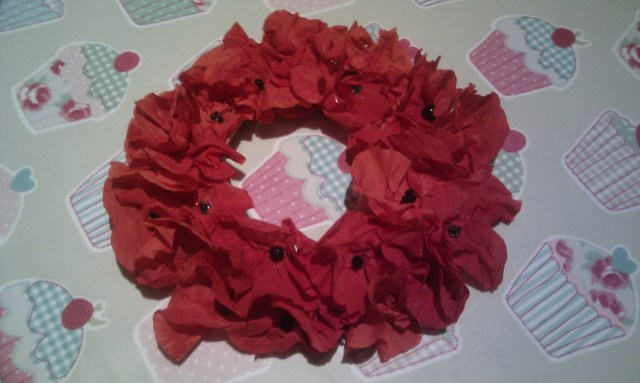 how to make a crepe paper poppy wreath