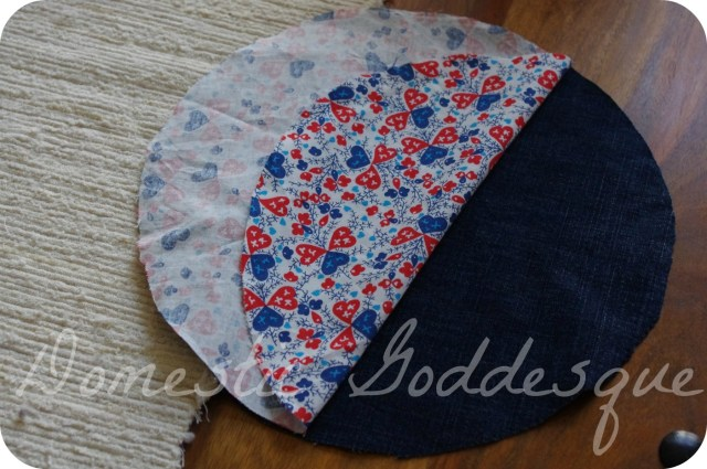 start with two circles of fabric