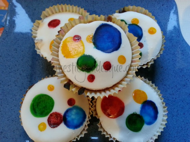 children in need spotty cupcakes