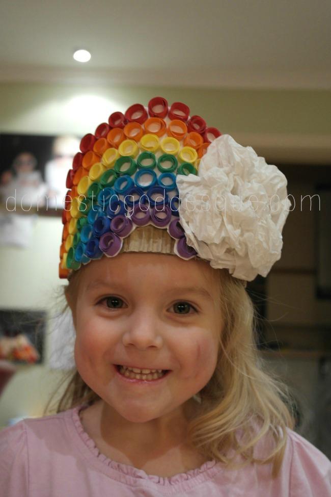 Quilled card rainbow birthday crown