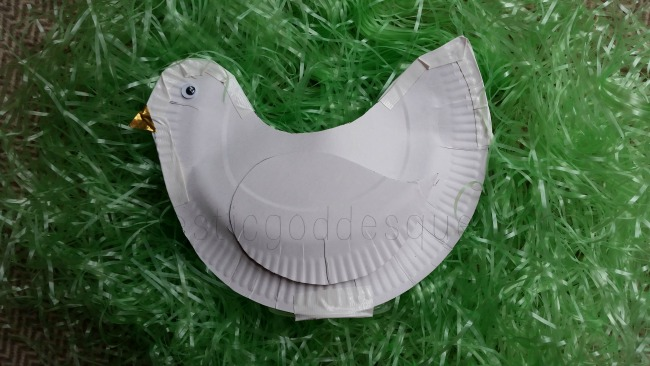 plastic cup clucking chicken Easter paper plate craft