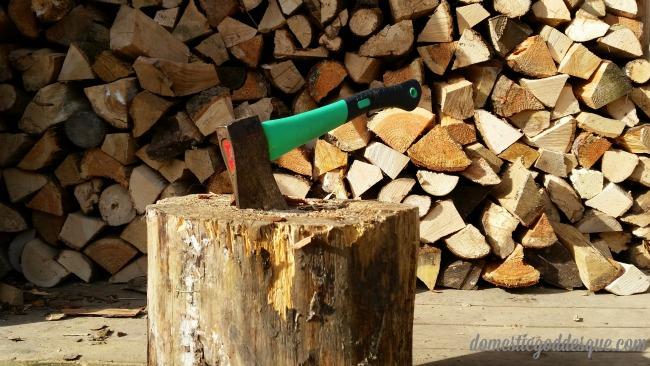 River Cottage Log Pile (c) Domestic Goddesque