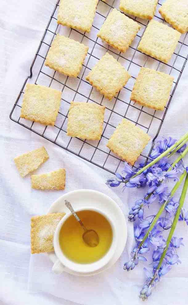 Camomile tea & lemon shortbread biscuits - Domestic Gothess