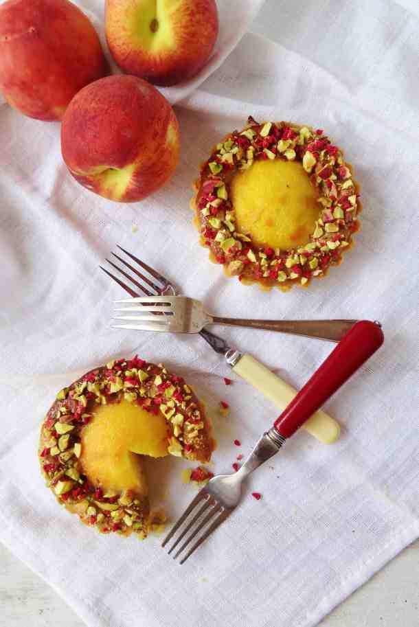 Peach, pistachio and rose tartlets - Domestic Gothess