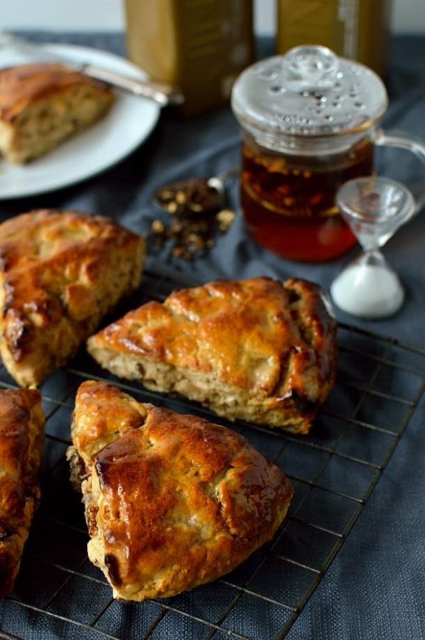 Apple, fig, pecan and honey scones - Domestic Gothess