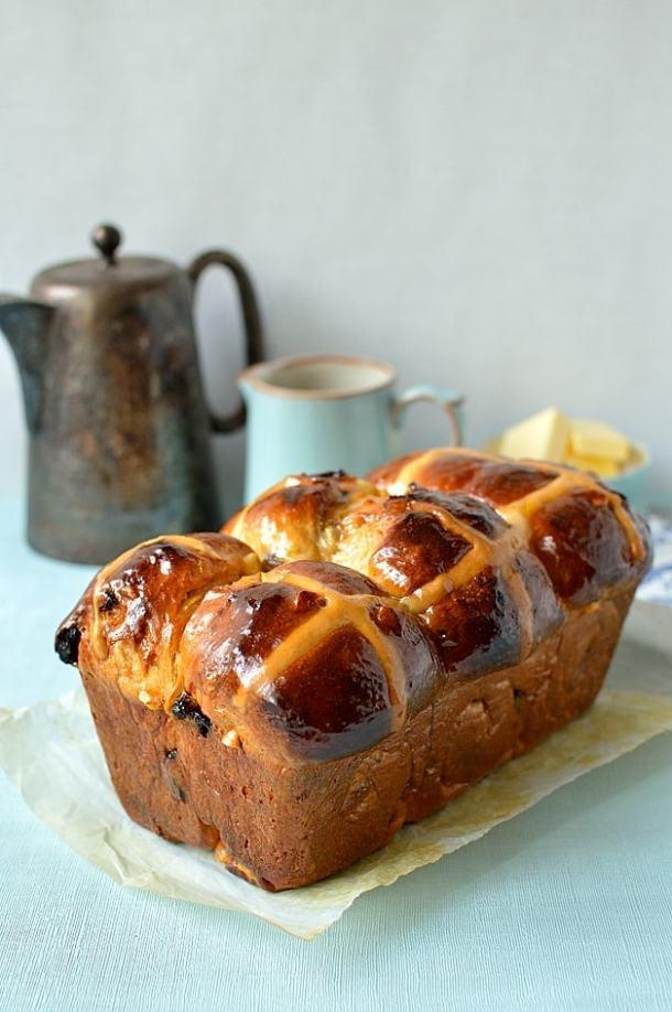 Hokkaido milk bread hot cross bun loaf