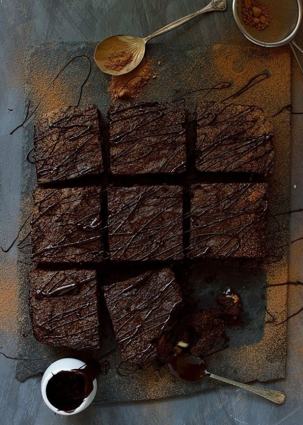 Rich, dense & fudgy better-for-you brownies made with nutritious ingredients such as coconut flour & cacao powder. Gluten, grain, refined sugar & dairy free