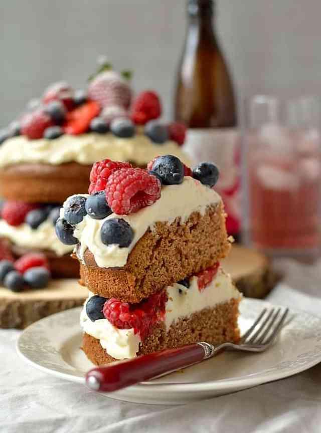 Berry cider cake with vanilla mascarpone cream icing