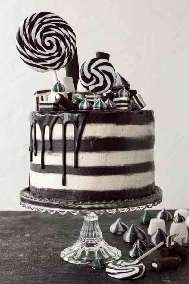Monochrome cake - a stylish black and white stripy chocolate and vanilla cake. Perfect for a classy Halloween party.