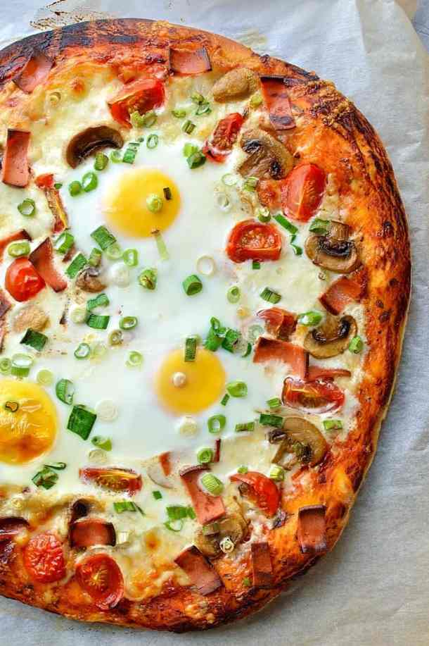 close-up of vegetarian breakfast pizza