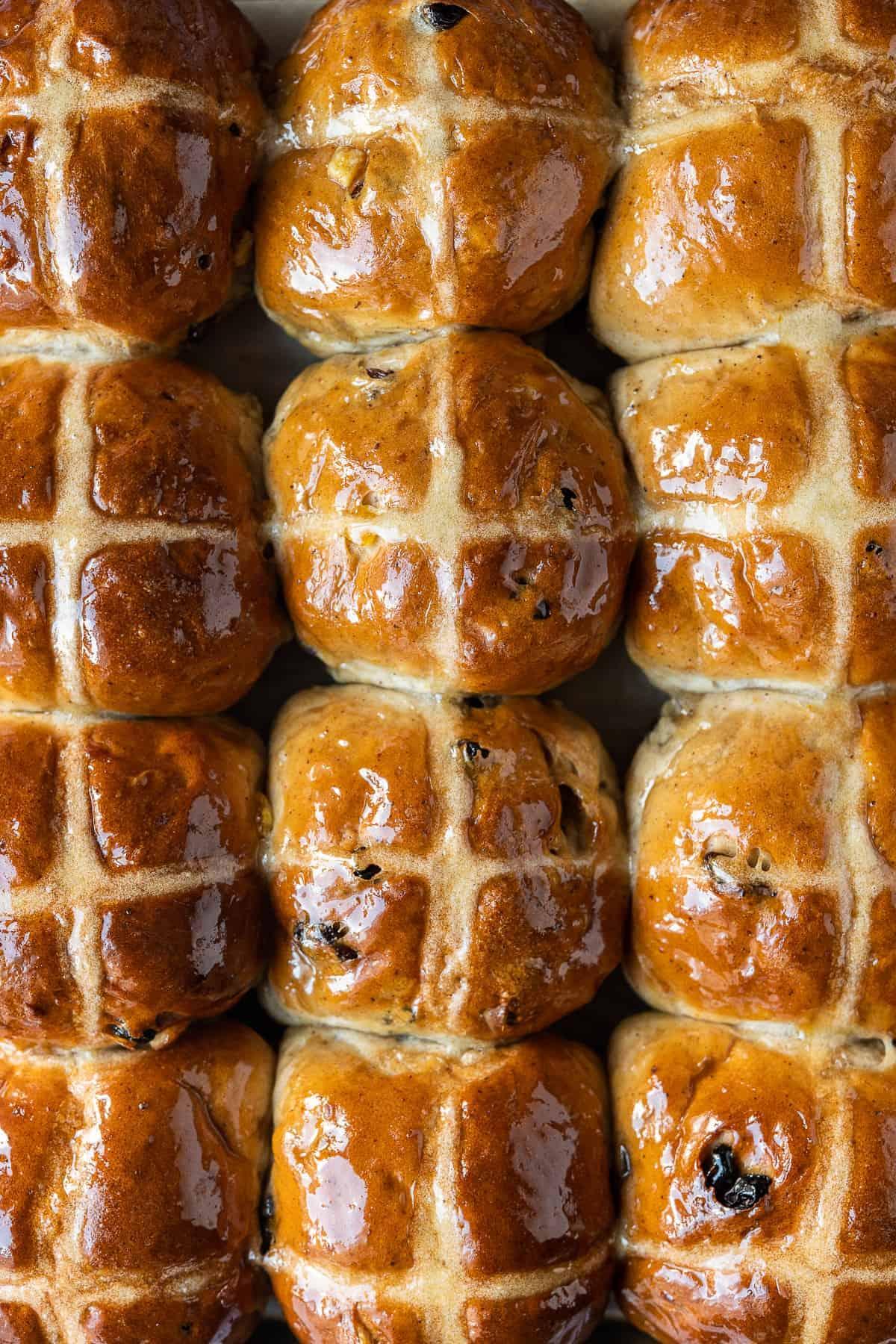 Vegan Hot Cross Buns - Domestic Gothess