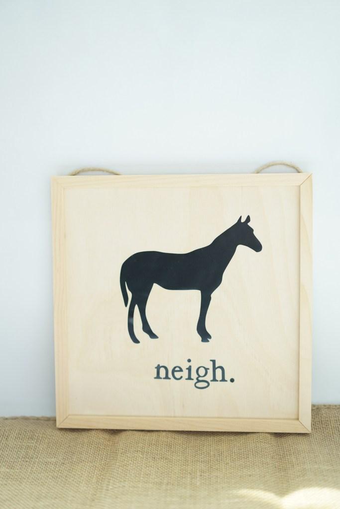 horse farmhouse sign