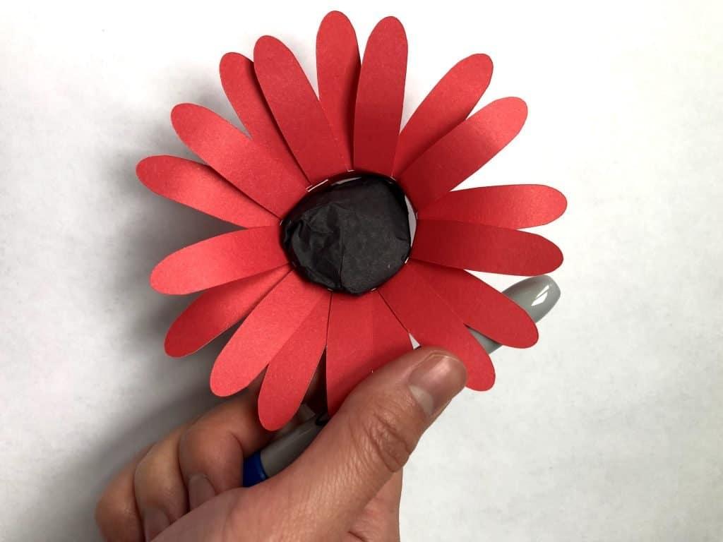 DIY Daisy Paper Flower